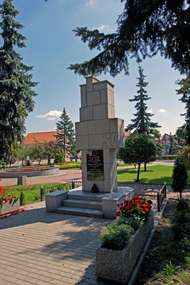 Pomnik Podlaskiej Brygady Kawalerii w Białej Piskiej