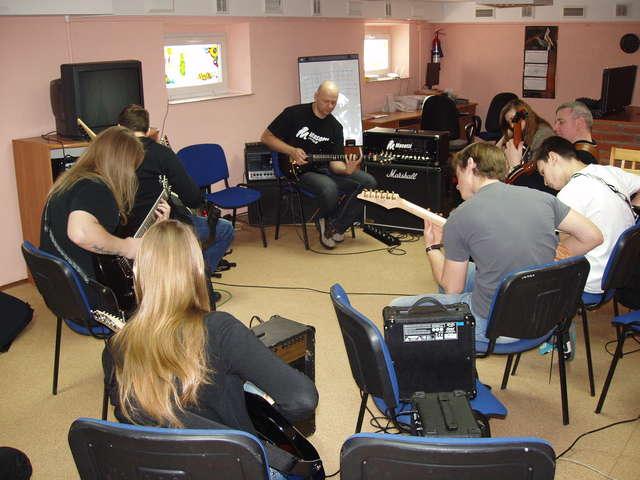 Gitarowy workshop z Tomkiem Andrzejewskim - full image