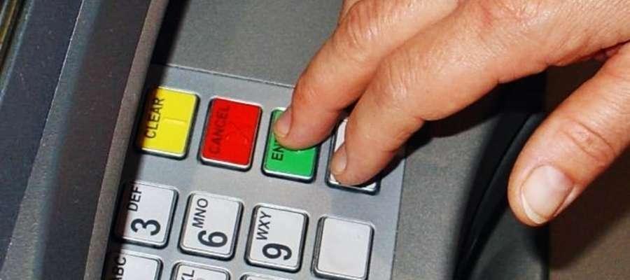 Plan awaryjny jest taki, żeby skorzystać z innych bankomatów. Co poradzić, że może nie po drodze...