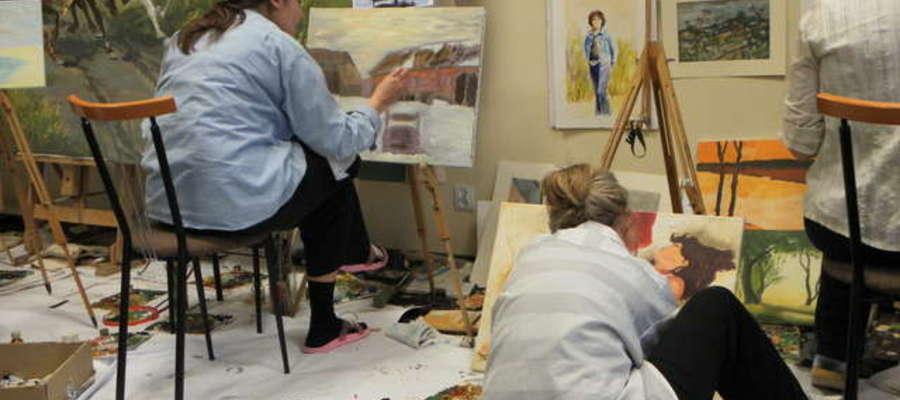 W warsztatach może uczestniczyć każdy, kto ma zamiłowanie artystyczne