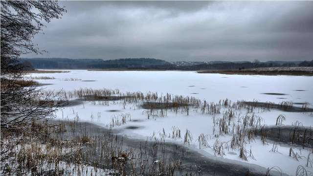 Zima na Jeziorze Kielarskim pod Olsztynem - full image