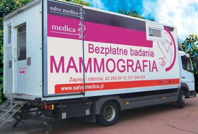 Mammobus będzie stał przy stadionie  - full image