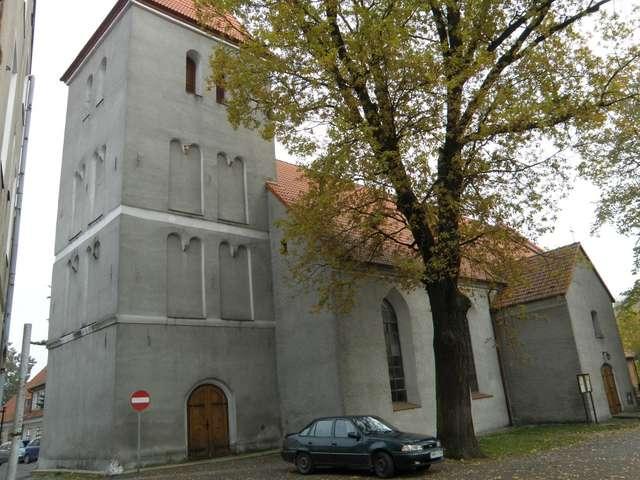 Obecny budynek kościoła pochodzi z lat 1952-1961 - full image