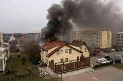 Przy ul. Żyrardowskiej paliło się pomieszczenie gospodarcze przylegające do budynku mieszkalnego