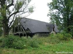 W latach pięćdziesiatych cerkiew w Karlikowie zburzono. Zamiast niej postawiono owczarnię....