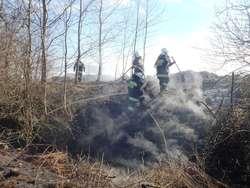 Wiosenne wypalanie traw to prawdziwa zmora strażaków