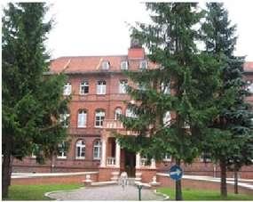 Zabytkowy budynek szpitala przy ul. Żeromskiego w Elblągu