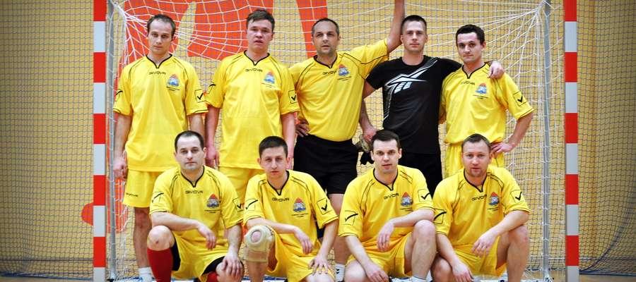 Zwycięzcy Ligi Halowej Piłki Nożnej w Siemiątkowie