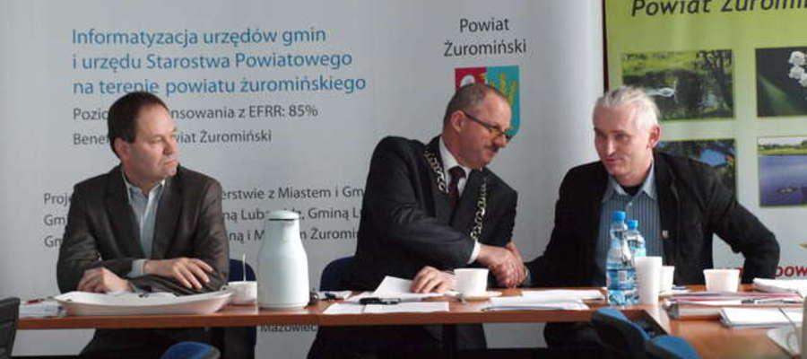 Piotr Wlizło na sesji 21 zasiadł w prezydium Rady Powiatu