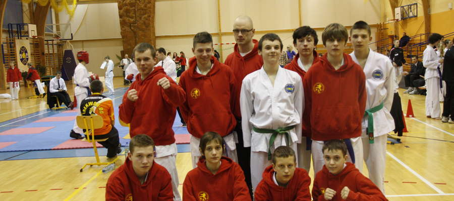 Zawodnicy z Bartoszyc mają za sobą pierwszy turniej kwalifikacyjny. W kolejnym walczyć będą już przed swoją publicznością