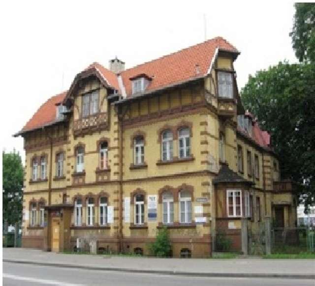 Elbląg: budynek dawnego hotelu Stadt Elbing - full image