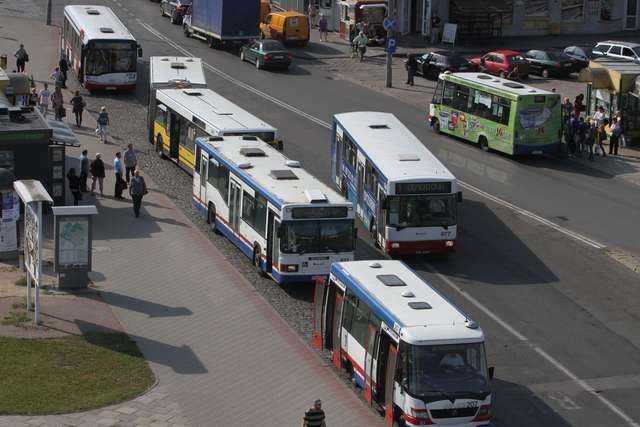 Jest porozumienie. Busy mogą zatrzymywać się w pobliżu dworca - full image