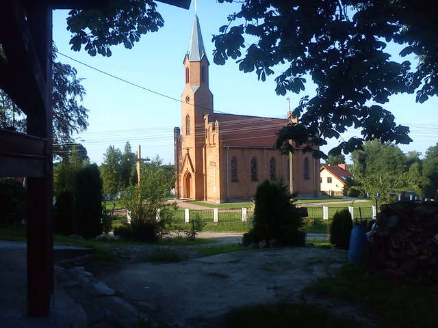 Zastawno: kościół pw. Najświętszego Serca Pana Jezusa - full image