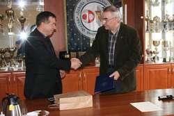 Umowę o współpracy podpisały PWSZ i Zespół Szkół Ekonomicznych i Ogólnokształcących