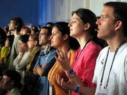 Wiele powołań rodzi się we wspólnotach modlitewnych, takich jak Oaza czy Odnowa w Duchu Świętym.