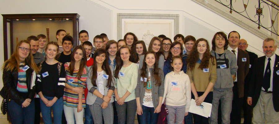 Żuromińska młodzież w Senacie