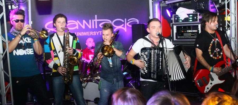 Zespół Enej wystąpi w Mragowie 5 stycznia.