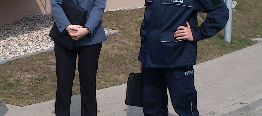 Z mieszkańcami spotkali się m.in. Bernadeta Cieślińska-Rydel i dzielnicowy Tomasz Pysera