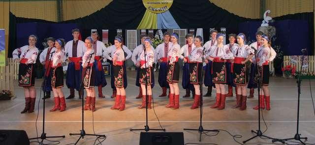 XXVII Regionalny Ukraiński Jarmark Folklorystyczny Z malowanej skrzyni  - full image
