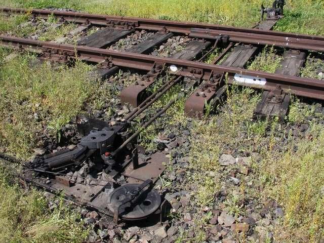 Elementy z torów kolejowych trafiały na złom - full image