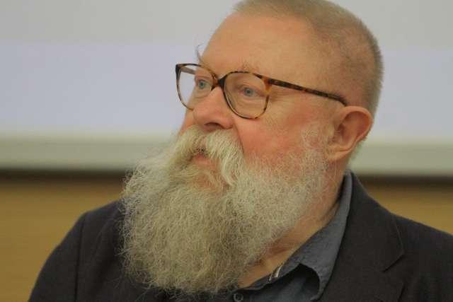 Jerzy Bralczyk w Olsztynie. O książkach i poprawności językowej - full image