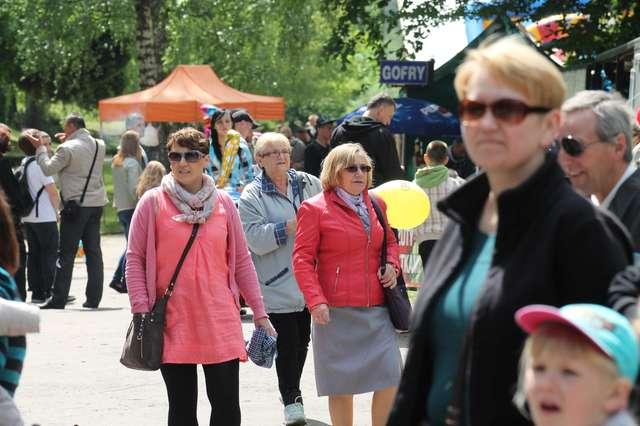 Magiczny Park Jakubowo festyn w zielonym Olsztynie - full image