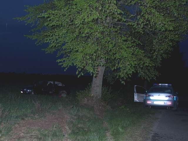 Kolejny wypadek z udziałem młodego kierowcy, tym razem kobiety - full image