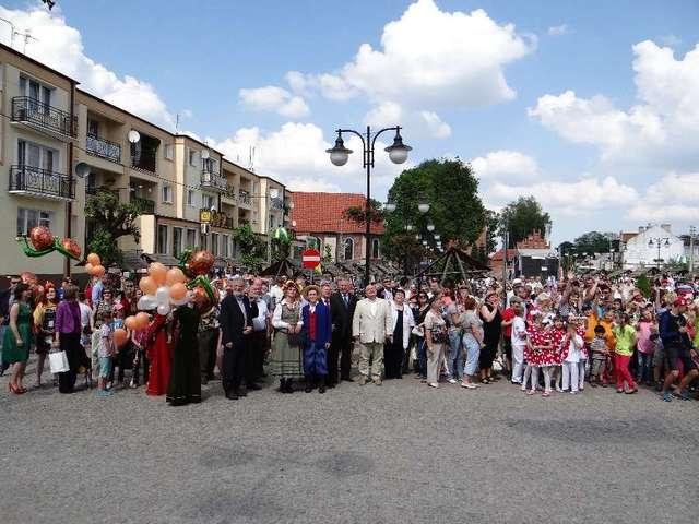 Festiwalowe imprezy odbywały się na olsztyneckim rynku - full image