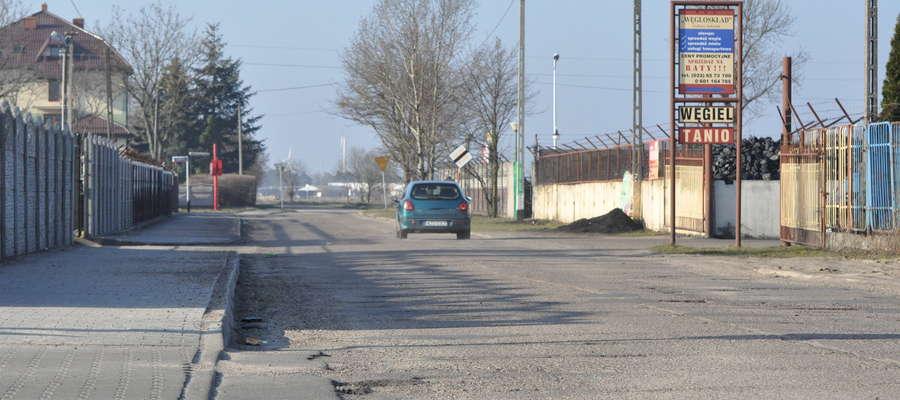 Ulica Przemysłowa już nie nadaje się do jeżdżenia