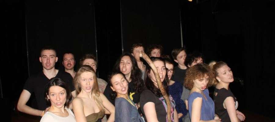 Fotka z prób przed spektaklem