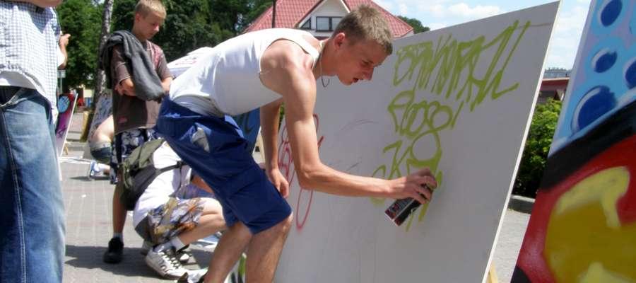 W trakcie Broken Ball organizowane były m.in. warsztaty grafitti