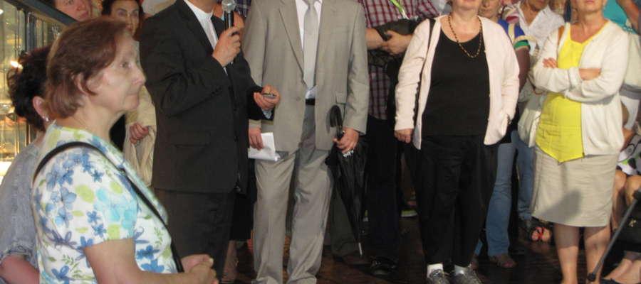"""Bardzo ciekawy wykład pt. """"Kopernikana w zbiorach Archiwum Archidiecezji Warmińskiej"""" przedstawił ks. Prof. Dr hab. Andrzej Kopiczko"""