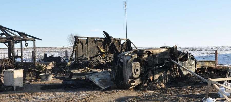 Spalony budynek w Mroczenku