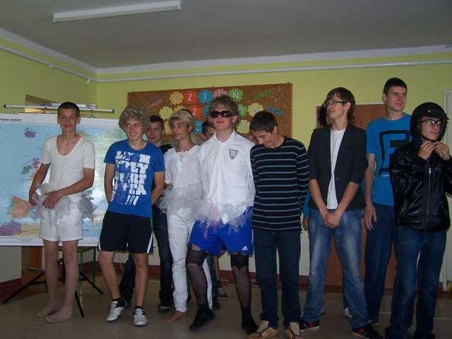 Dzień Języków Obcych w gimnazjum w Kijewie - full image