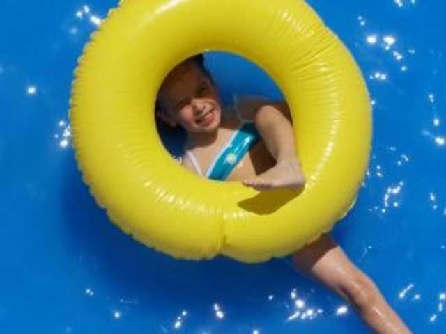 Klub Pływacki Shark zaprasza dzieci na treningi - full image