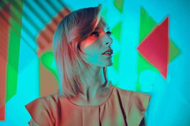 Premiera podwójnego singla utalentowanej Meli Koteluk - full image