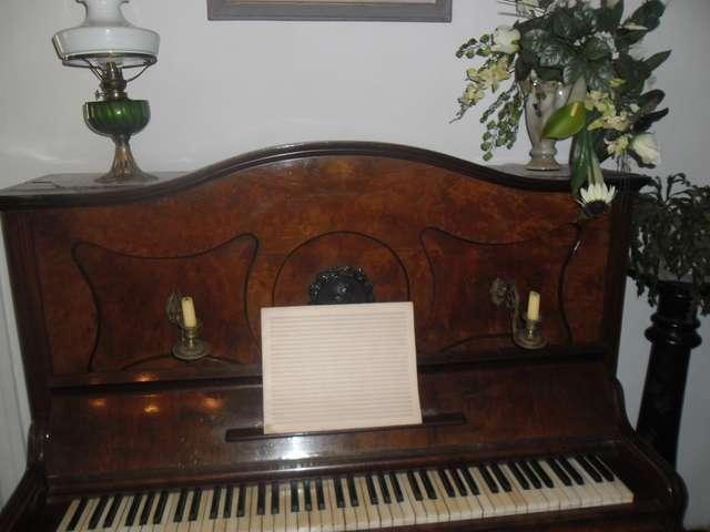 fortepian  - full image