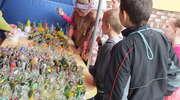 Uczniowie ze Złotowa w hucie szkła w Olsztynku