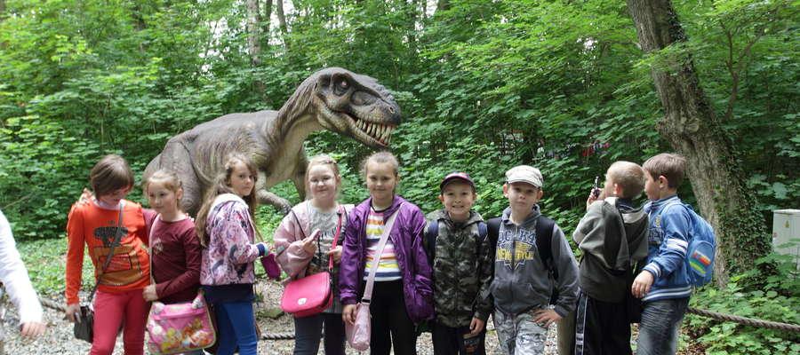 Pobyt w Dinoparku obfitował w atrakcje, największe zainteresowanie wzbudziły rekonstrukcje kilkudziesięciu dinozaurów