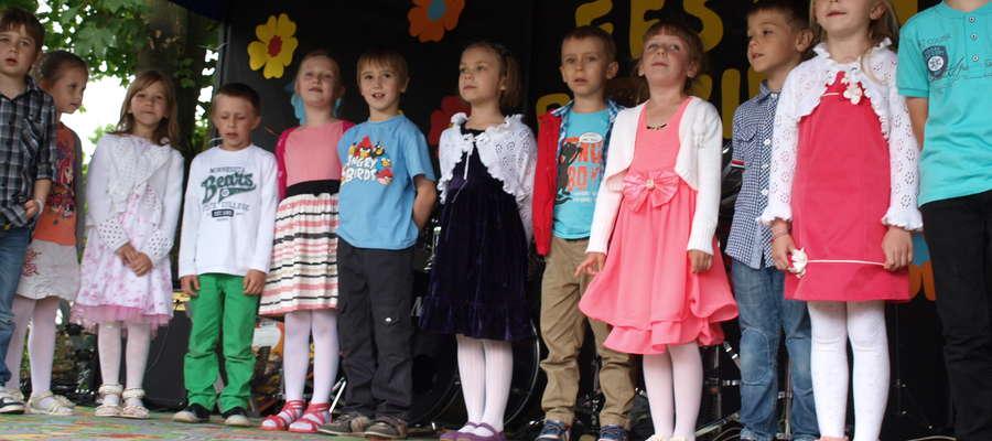 Przedszkolaki śpiewały dla swoich rodziców