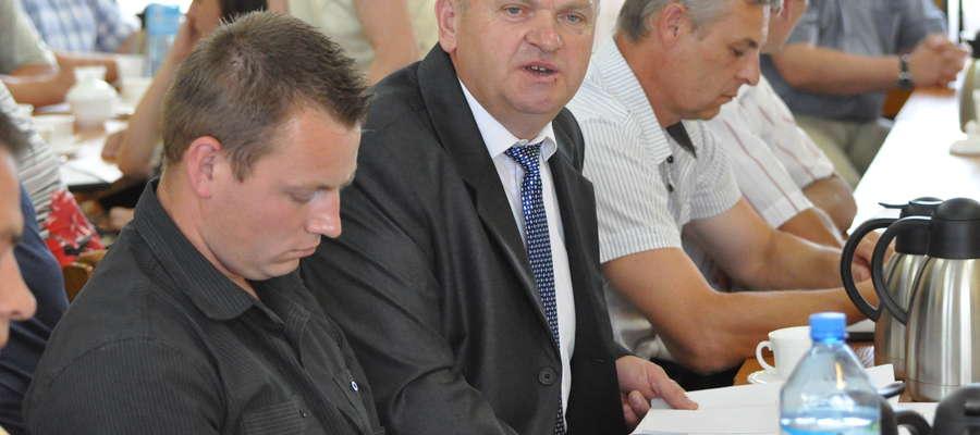 Dziś radni oskarżają Justynę Ogrodowczyk, przed laty kierownik pozyskiwała dla gminy miliony złotych
