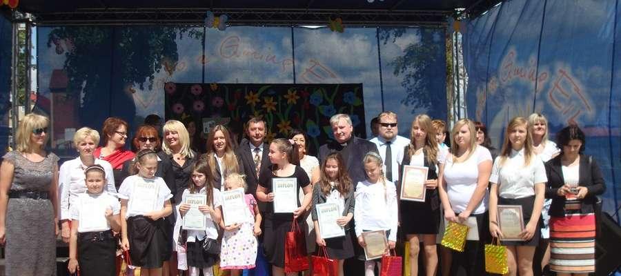Szkoła Podstawowa i Gimnazjum w Woszczelach trzeci raz obchodziły święto swojego patrona