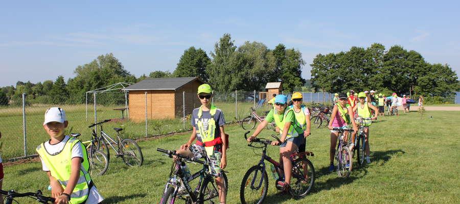 Od czterech lat uczniowie z Wydmin wybierają się przed wakacjami na wycieczki rowerowe