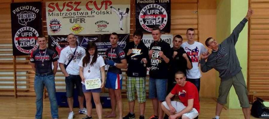 Aż sześć medali Mistrzostw Polski przywieźli do Mrągowa zawodnicy Kaliniak Team Mrągowo