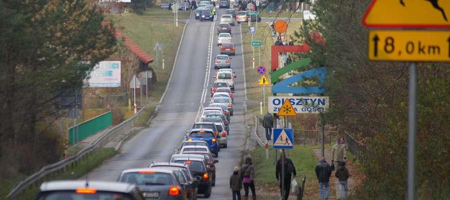 Po wypadku w Spręcowie droga była zablokowana w obu kierunkach. Mogły tworzyć się korki