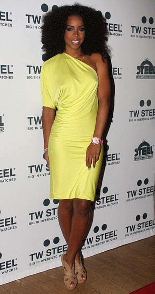 Nowy teledysk Kelly Rowland - full image