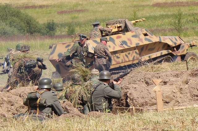 Walkiria 2013: starcie czołgów rosyjskich i niemieckich - full image