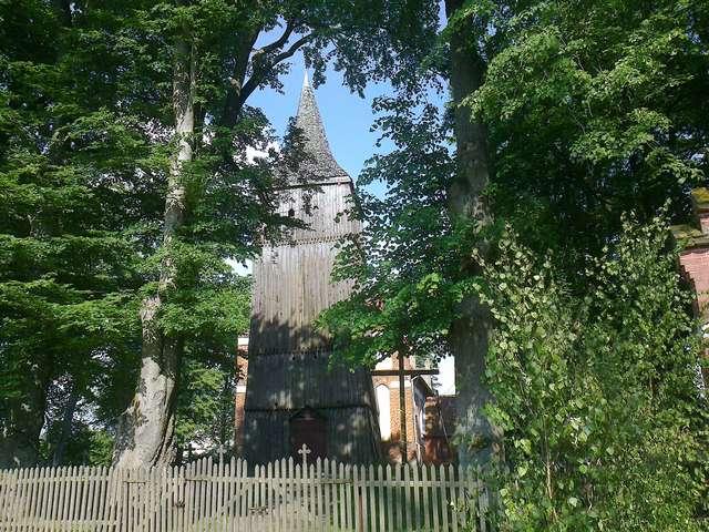 Kościół w Różynce - full image