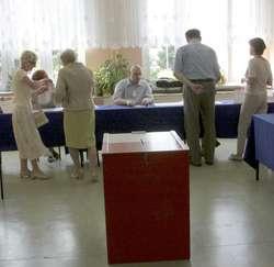 Lokale wyborcze były czynne w godzinach 8-22