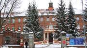 Elbląg: Zabytkowy budynek szpitala przy ul. Żeromskiego